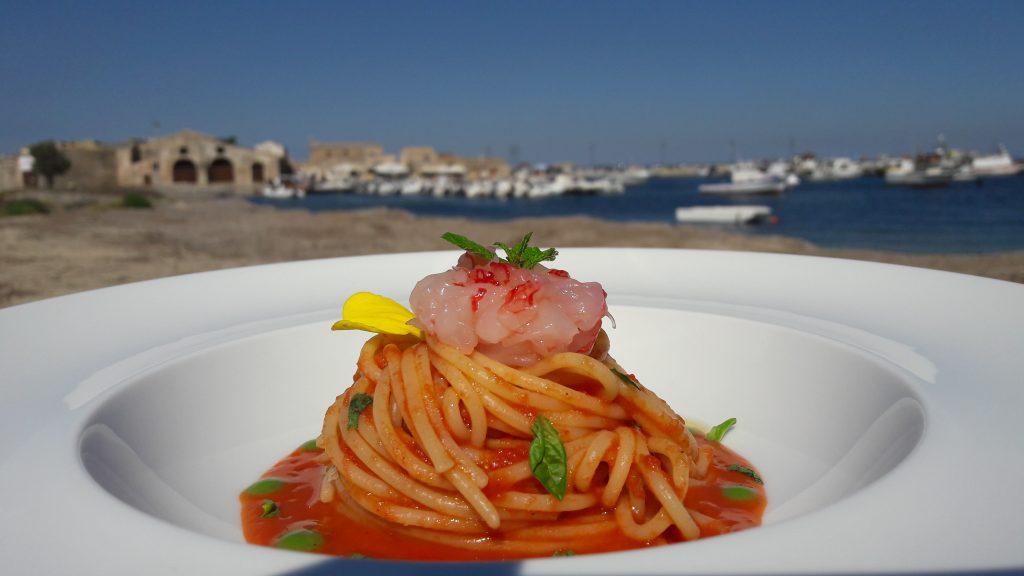 Spaghetti con salsa di pomodoro ciliegino di pachino igp for Gambero rosso ricette